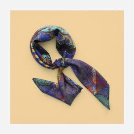 foulard lyon soie bleu fleurs marie porter