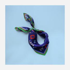 foulard lyon soie carre bleu cryptogram blue