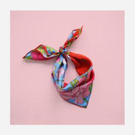 foulard lyon soie carre boheme bouquet de fleurs romantique