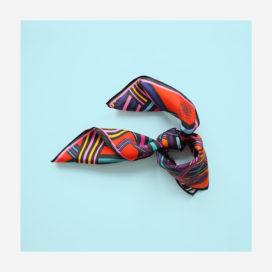 foulard lyon soie carre couleurs electric