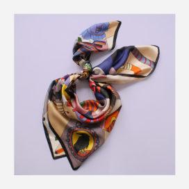 foulard lyon soie carre dessin jeu du corbeau orange