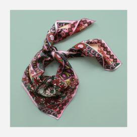 foulard lyon soie carre fleurs rose boheme
