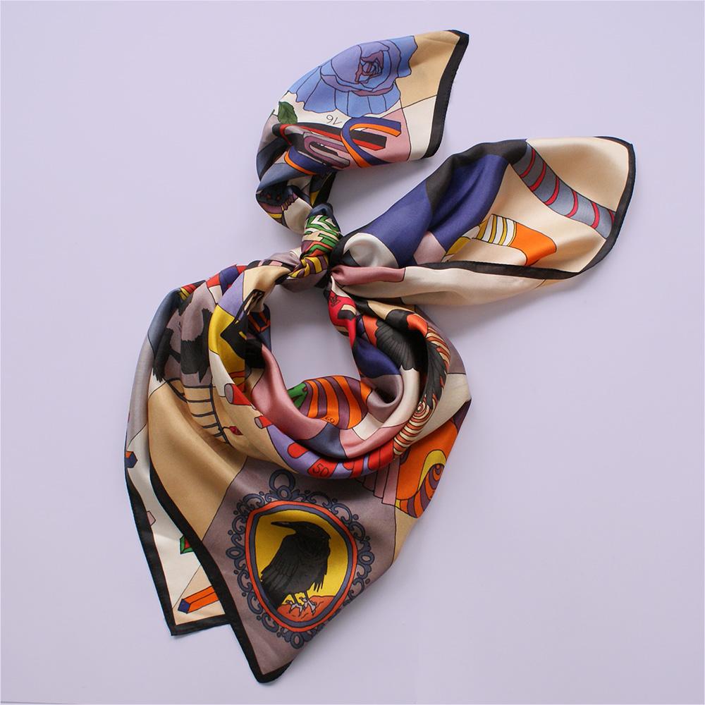 foulard lyon soie dessin jeu du corbeau orange