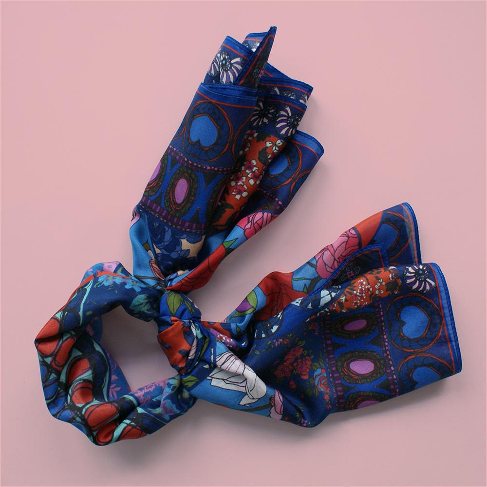 foulard lyon soie fleurs bleu bleue boheme