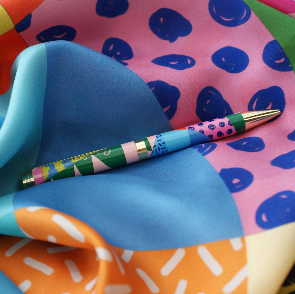 editor colorful africa foulard lyon stylo