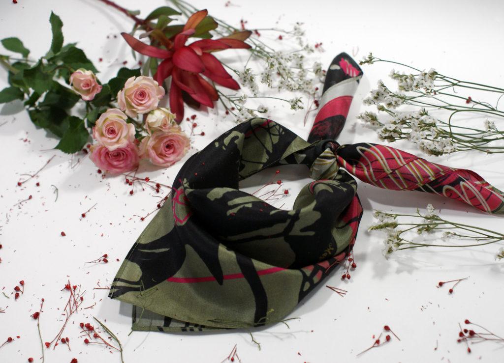 foulard lyon femme soie collaboration autre