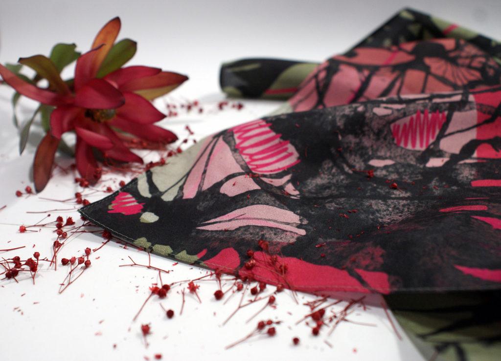 foulard lyon femme soie collaboration zoom