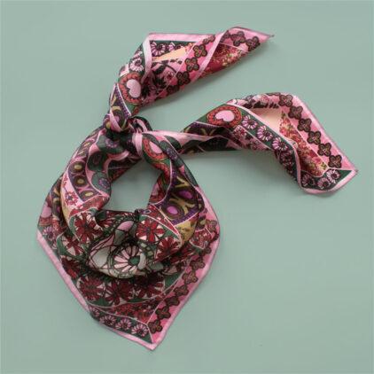foulard rose boheme nouer carre femme lyon soie2