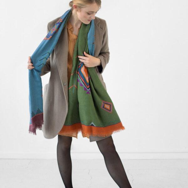 etole laine porter lyon femme chaude douce grande recit berbere vert3