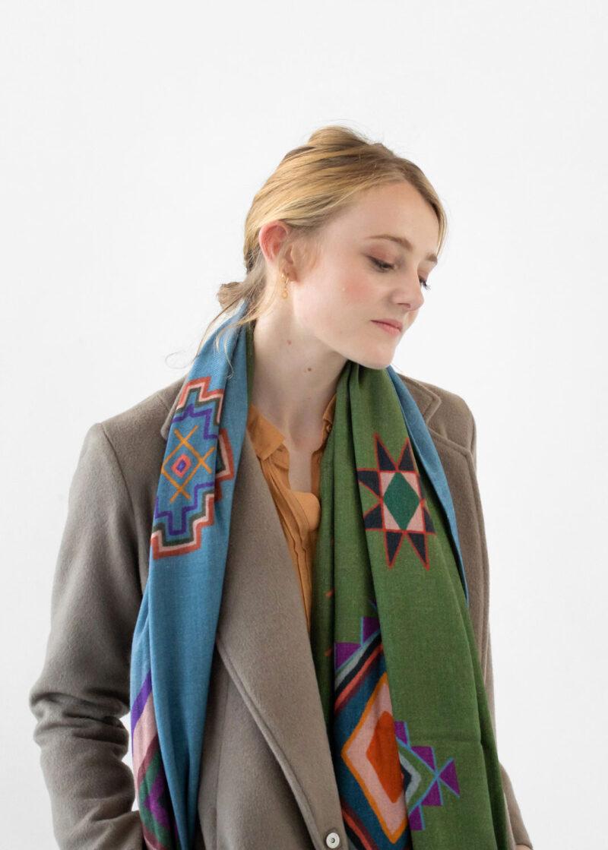 etole laine porter2 lyon femme chaude douce grande recit berbere vert3